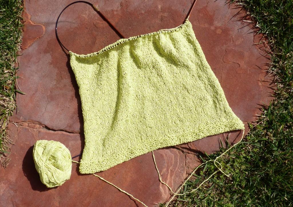 Knitting the back