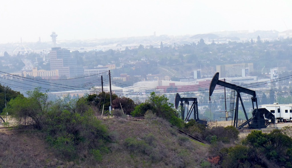 Oil drilling in LA